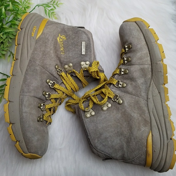 5616afbe71e Danner vibram leather mountain 600 hiking boots
